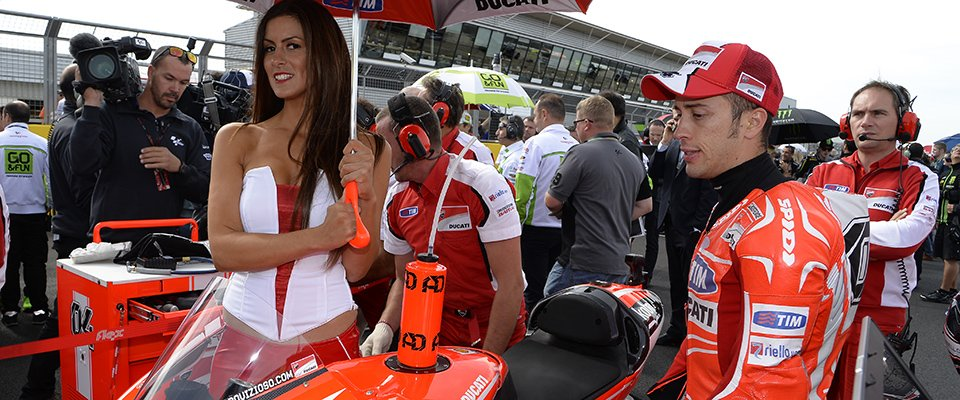Motogp Grid Girls 01