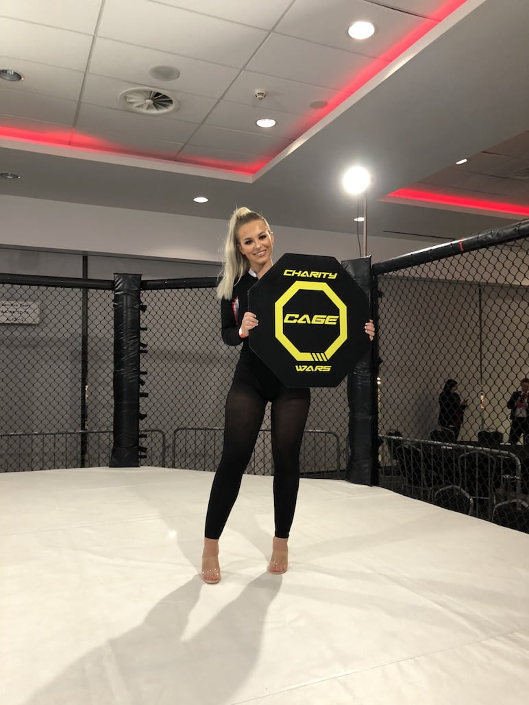 Ring Girls – Charity Cage Wars – Manchester – 23rd November 2019